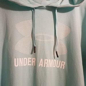 Under Armour Loose Athletic Hoodie Thumb Holes